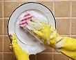 Lý do nên rửa bát đũa bằng nước nóng